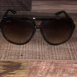 Gucci - authentic brown oversized sunglasses